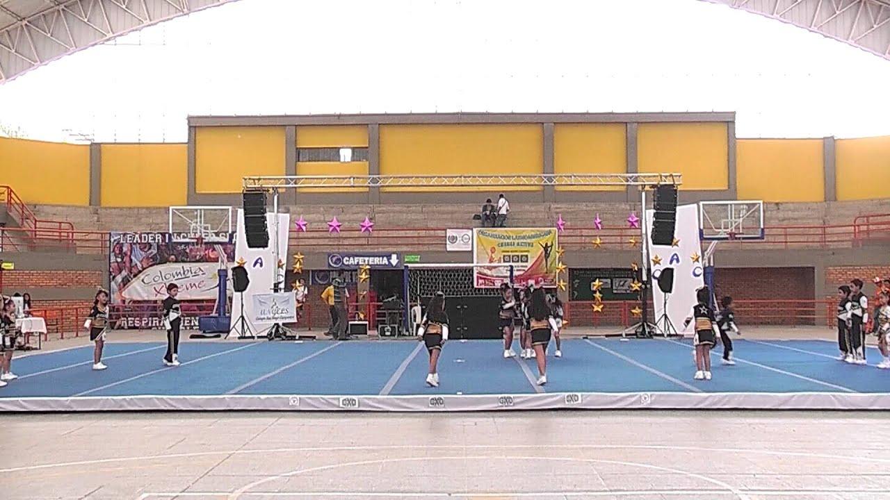 3 santa sofia stars cheer active colombia 2013 youtube for Gimnasio moderno