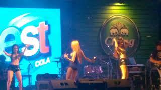 Nhảy bikini bốc lửa ở Rock Show Thái Lan - Ca sĩ nhạc Rock nổi tiếng Thái Lan