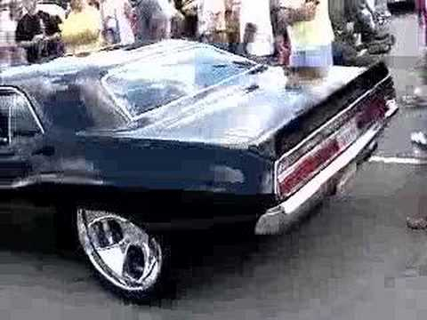 goodguys car show - hot rods and burn outs Video