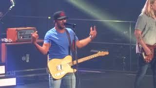 Luke Bryan In Kansas City 34 What Makes You Country 34 8 26 18