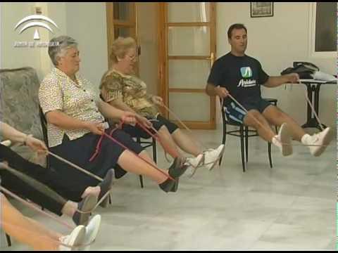 Tonificaci n muscular autocargas sentado 14 28 youtube for Sillas para orinar ancianos