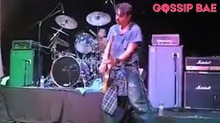 ACTOR JOHNNY DEPP PLAYS GUITAR ON STAGE!!!