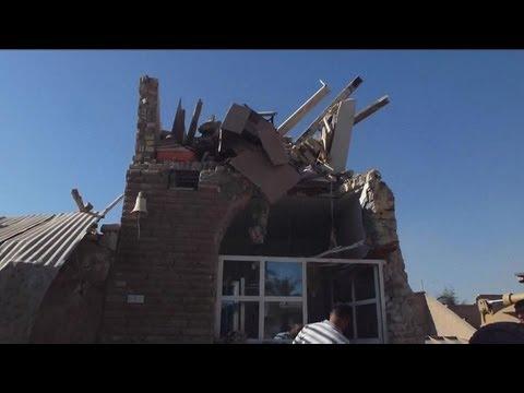 Suicide bombing at Iraqi Shiite mosque kills dozens