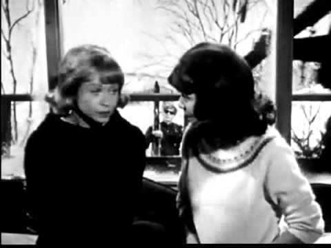 1960's Head & Shoulders Dandruff Shampoo Commercial 3