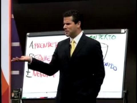 1/4 - Marco Antonio Regil - Como predecir tu futuro financiero