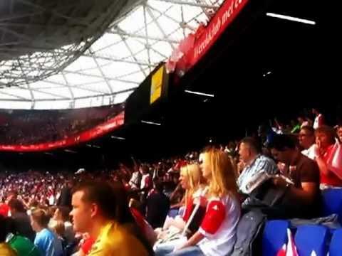 Feyenoord supporters - hamas hamas joden aan het gas