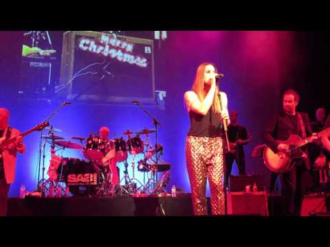 SAS Band Featuring Melanie C - I Turn To You