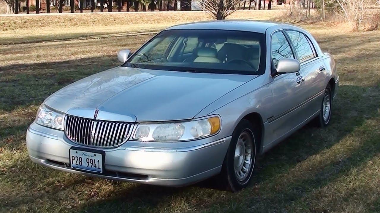 2002 Lincoln Town Car Fuse Box