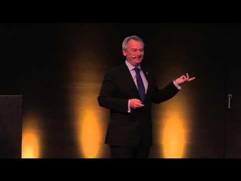 Chris Skinner on stage: Finance 2.0 Conference Zurich