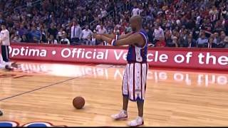 Los Angeles Clippers Time Out with The Harlem Globetrotters