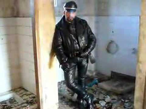 Bootspain Smoking In Leather video
