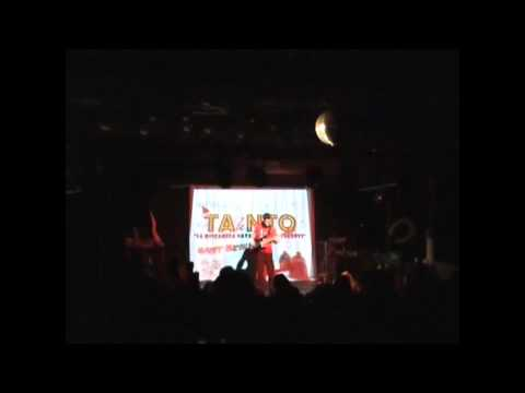 "Tanto Talento 25 Dicembre 2010 – ""Ghostbusters"" bass solo by Riki"