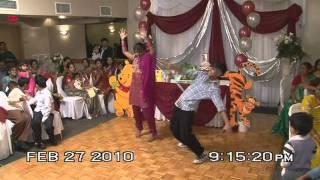 Tamil Dance by Mopi and Kamshi - Simha FilmStudio (Ninaithale Inikkum - Pia Pia)