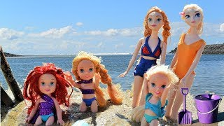 Annia and Elsia Toddlers Beach Vacation Sandcastle Swimming Pool Ariel Tiana Toys Dolls Elsya Annya