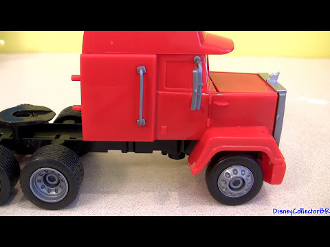 Klip Kitz Mack Truck Hauler CARS 2 Lightning McQueen Buildable Toys Disney Pixar Disneycollector