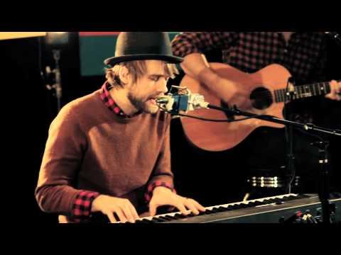 Josh Wilson - Carry Me