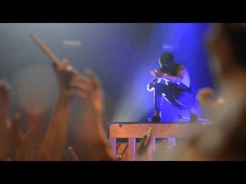 Twenty One Pilots - Car Radio (Live in Manchester)