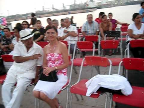 QUIEN BAILO DANZONES EN EL PUERTO MACROPLAZA VERACRUZ 2010.