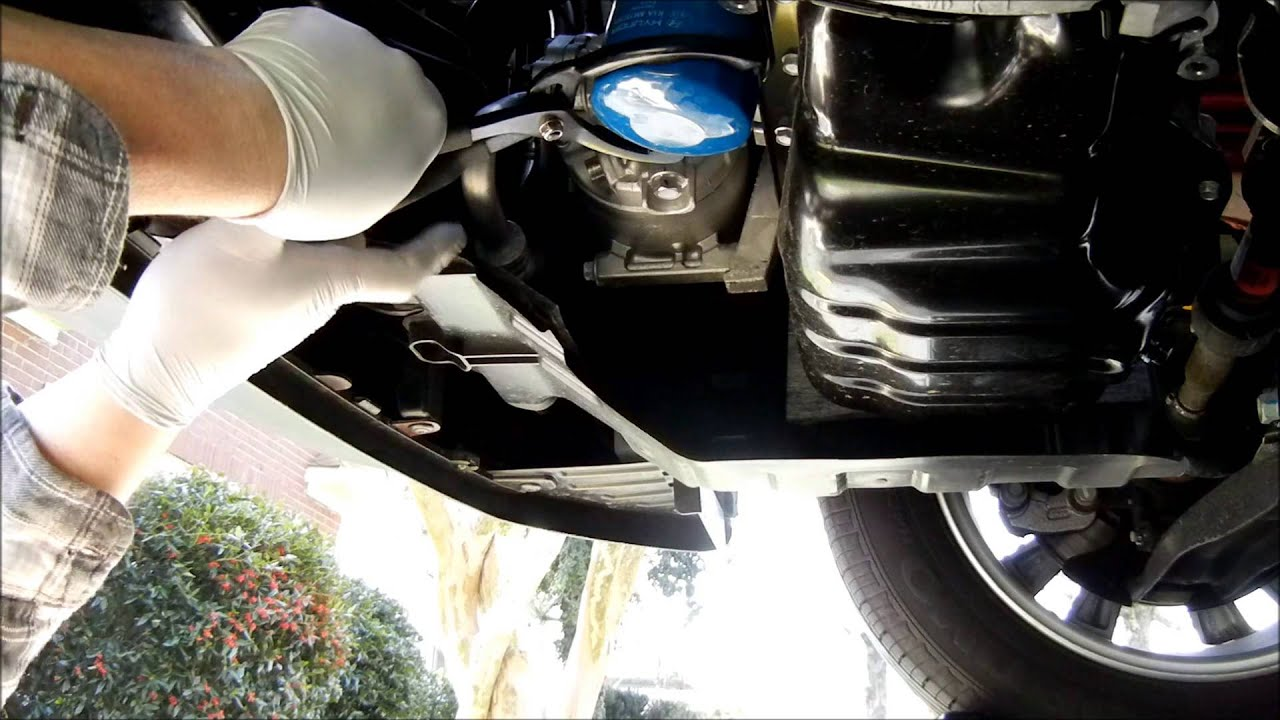 2013 Kia Soul 2 0 Liter Engine Oil Change Youtube