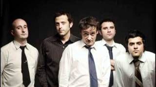 Noches Reversibles - Love of Lesbian (Con letra)