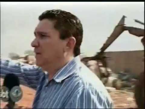 Incêndio destroi depósito de materiais recicláveis em Araguari