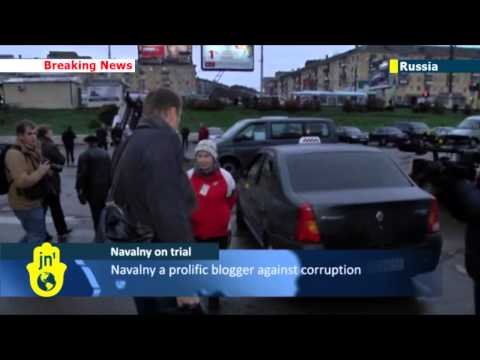 Alexei Navalny on trial: Russian protest leader arrives in Kirov for appeal over prison sentence