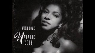 Watch Natalie Cole Paper Moon video