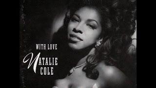 Watch Natalie Cole Paper Moon video