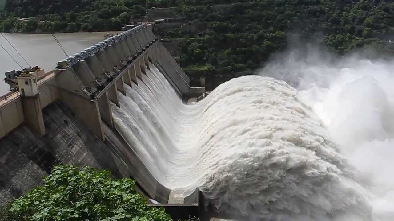 Srisailam Dam Eight Gates Open 2013 Youtube