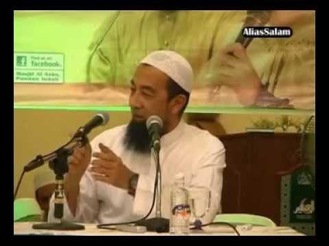 (Senyum) Ustaz Ismail Kamus GURU Saya - Ustaz Azhar Idrus