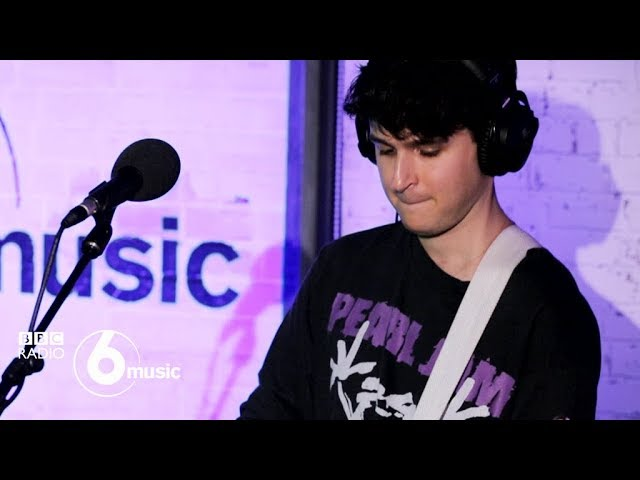 Vampire Weekend - Sunflower (6 Music Live Room)