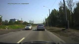 Russia: SUV vs Sedan