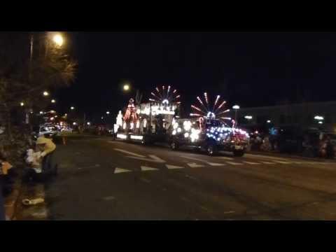 Medley - 2013 Redding Lighted Christmas Parade