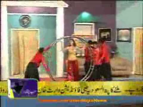Deedar Munni Badnaam Hui Mujra (2011) - Pakistani Mujra mpeg4.mp4 video