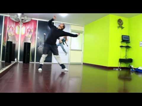 Bezubaan Phir Se Reprise   Dance Video I Disney's ABCD 2   Shraddha Kapoor