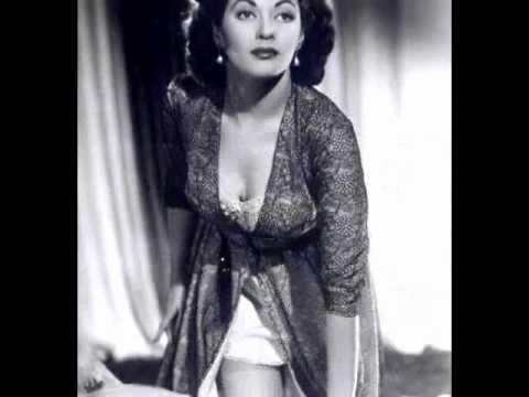 Yvonne De Carlo tribute