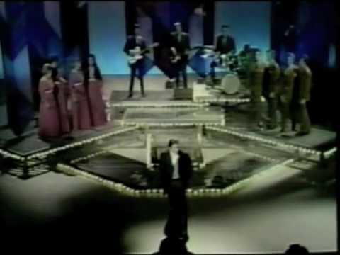 Johnny Cash Sings peace In The Valley video