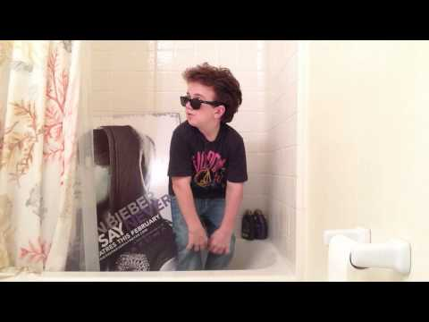 We Can't Stop (Keenan Cahill) klip izle