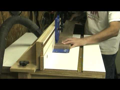 Using a router as an edge-jointer