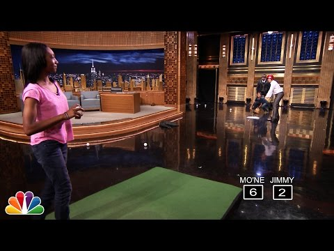 Mo'ne Davis Pitches Against Jimmy Fallon