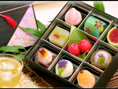 How its made - Wagashi (traditional japanese sweets) كيفية صنع الحلوى اليابانية الفاخرة