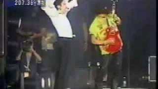 Download Lagu Michael Jackon gets mad at Slash ; Gratis STAFABAND
