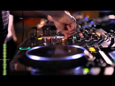 Jack Beats performance with CDJ-2000 &amp; DJM-2000
