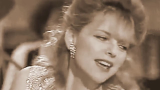 """France Gall et Lio - (French TV 1984) - """"Be my baby"""" - (1963 -The Ronettes)"""