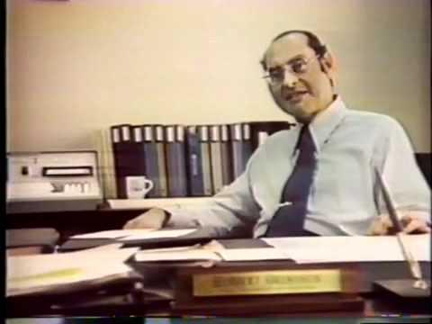 0 - Liten bärbar dator - 1977