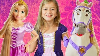 Disney Princess Rapunzel Playdate Doll and Maximus Horse Pretend Play Hair Salon Vanity