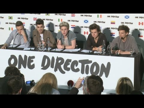 One Direction Announce World Stadium Tour And Talk Thongs, Football And New Album video