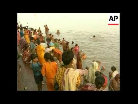 Campaign to clean up polluted River Ganges