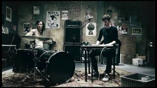 Watch Matt & Kim Cameras video