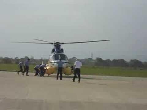Acionamento inadvertido do flutuador helicoptero offshore em macae.